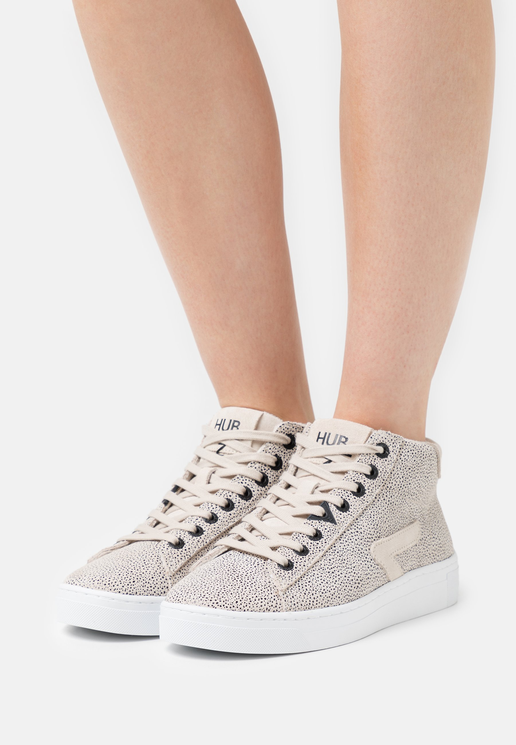 Women HOOK-Z MID - High-top trainers
