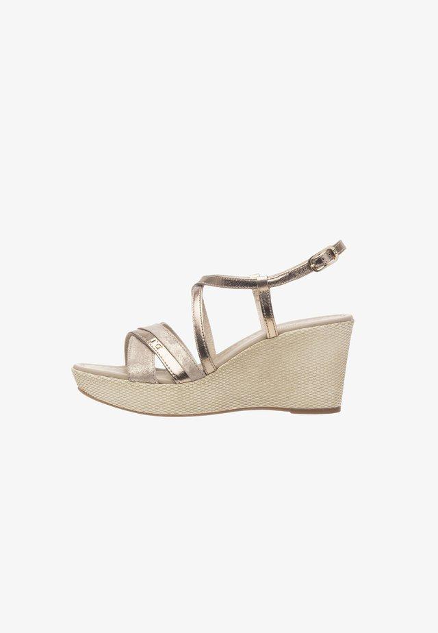 Wedge sandals - sandalo