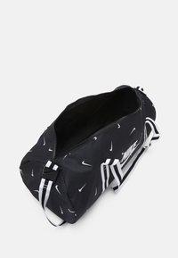 Nike Sportswear - HERITAGE DUFF - Sports bag - black/black/white - 2