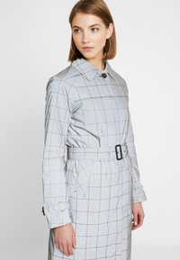 Superdry - EDIT REFLECK CAR COAT - Trench - silver - 4