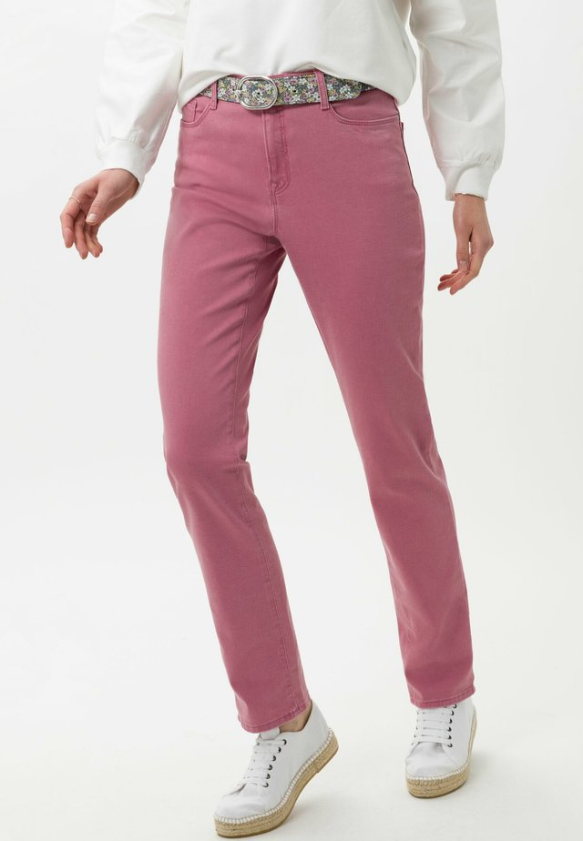 STYLE CAROLA - Slim fit jeans - magnolia