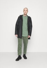Only & Sons - ONSMATT - T-shirt - bas - hedge green - 1