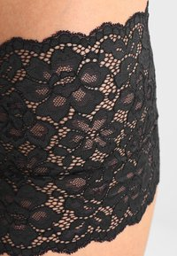 Maidenform - SEXY MUST HAVES CHEEKY BOYSHORT - Culotte - black - 4