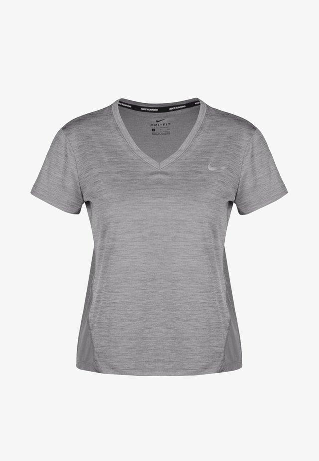 MILER V NECK - T-shirt med print - gray