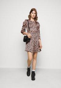 Claudie Pierlot - REYNA - Day dress - clair - 1