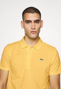 Lacoste Sport - CLASSIC KURZARM - Polo - yellow - 4
