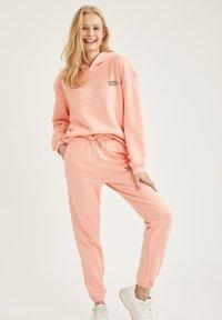 DeFacto - Hoodie - pink - 1