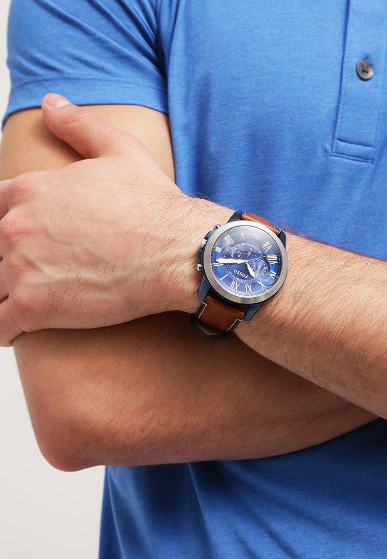 Fossil - Zegarek chronograficzny - hellbraun
