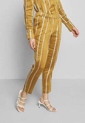 KACEY - Pantalon classique - beige