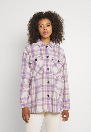VISHILA SHACKET - Summer jacket - birch/purple/brown