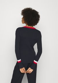 Tommy Hilfiger - WARM GLOBAL STRIPE - Jumper - desert sky - 2