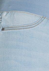 Freequent - FQSHANTAL ANKLE BROKEN - Jeans slim fit - bleached blue denim - 6
