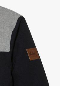 Quiksilver - RAFT YOUTH  - Snowboard jacket - black - 5