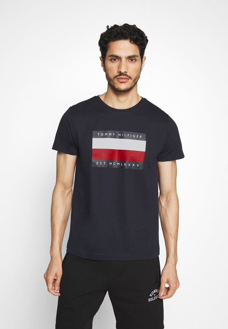 Tommy Hilfiger - CORP STRIPE BOX TEE - T-shirt con stampa - blue