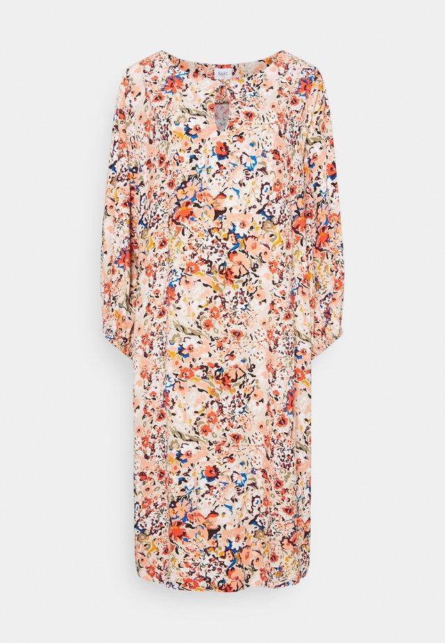EBON DRESS - Day dress - smoke gray/artica