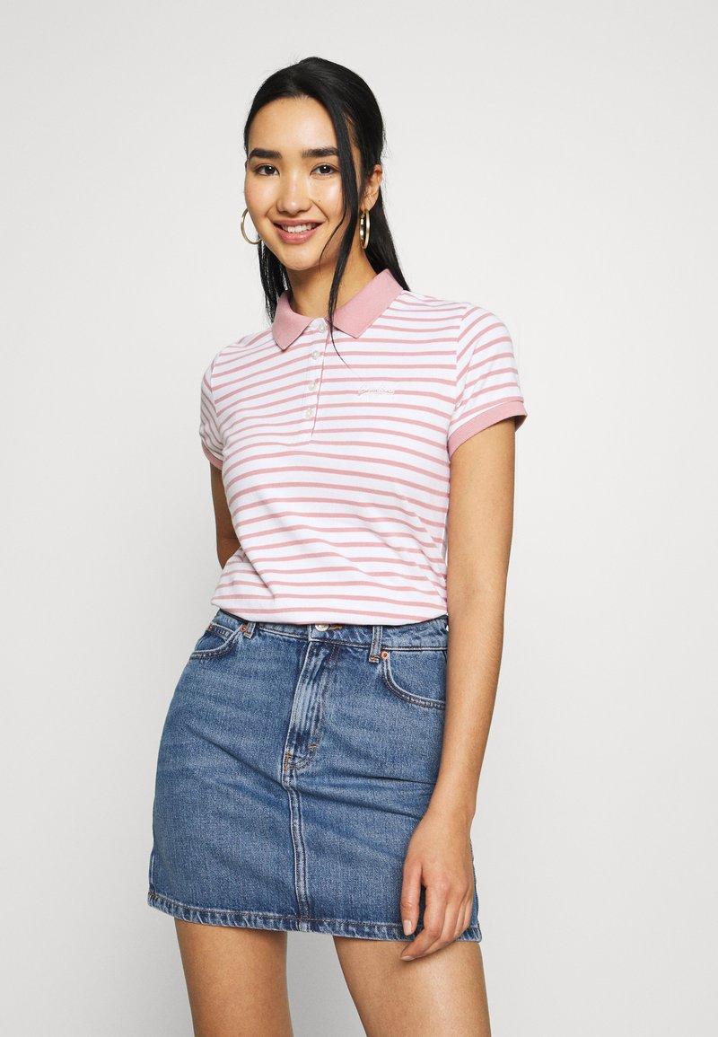 Superdry - STRIPE - Poloskjorter - pink