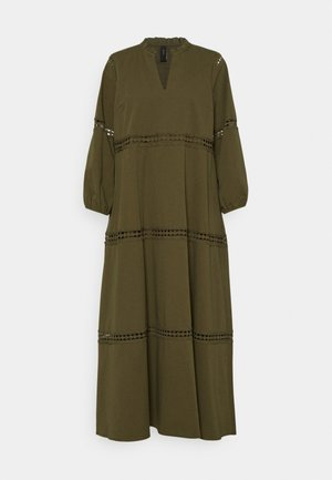 YASFARDOSA 3/4 LONG DRESS - Maxikjoler - olive night