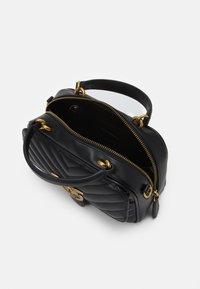 Pinko - LOVE MINI SQUARE QUILT - Handbag - black - 4