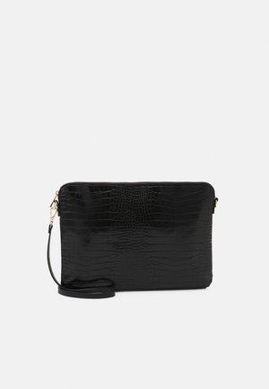 BAG CROCO LAPTOP CASE ELLA - Laptop bag - black
