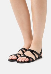 Rubi Shoes by Cotton On - LUCY STRAPPY SLINGBACK - Sandales - black - 0
