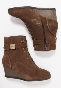 Scholl - LIDEAN  - Wedge Ankle Boots - brown - 3