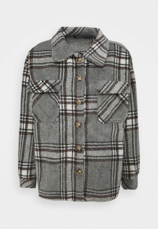 BRUSHED CHECK SHACKET - Skjortebluser - grey