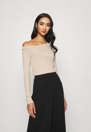 ASIMETRIC SHOULDER  - Long sleeved top - beige