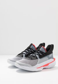 Under Armour - CURRY 7 - Basketball shoes - white/black - 2