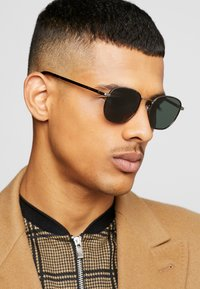 Tommy Hilfiger - Solbriller - brown - 1