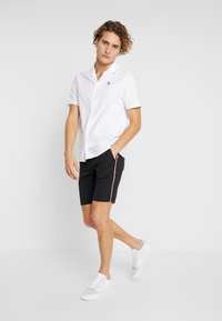 Burton Menswear London - PINEAPPLE - Shirt - white - 1