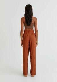 PULL&BEAR - Trousers - mottled orange - 2