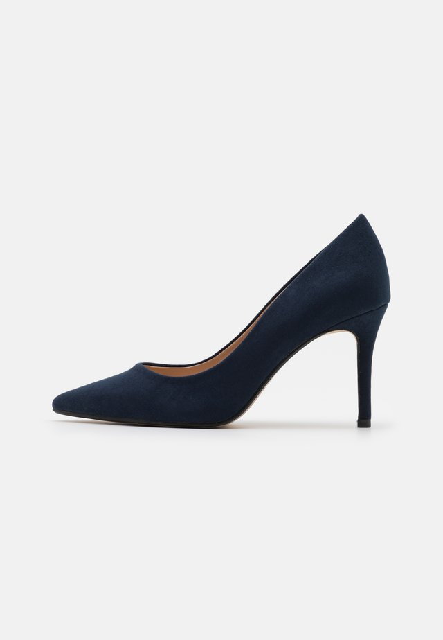 WIDE FIT DELE POINT STILETTO - Klassieke pumps - navy