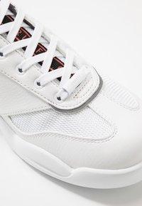 Cruyff - LIGA - Trainers - white - 5
