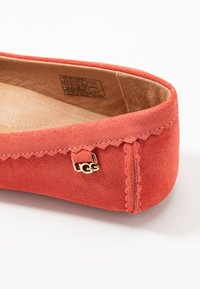 UGG - BEV - Mokkasiner - pop coral - 2