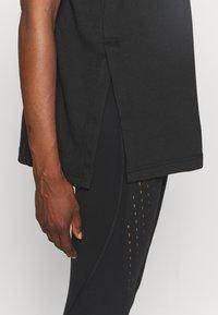 adidas by Stella McCartney - TEE - T-shirt z nadrukiem - black - 4