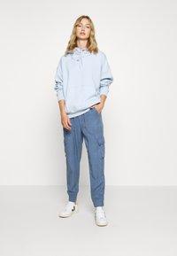 American Eagle - Cargo trousers - blue - 1