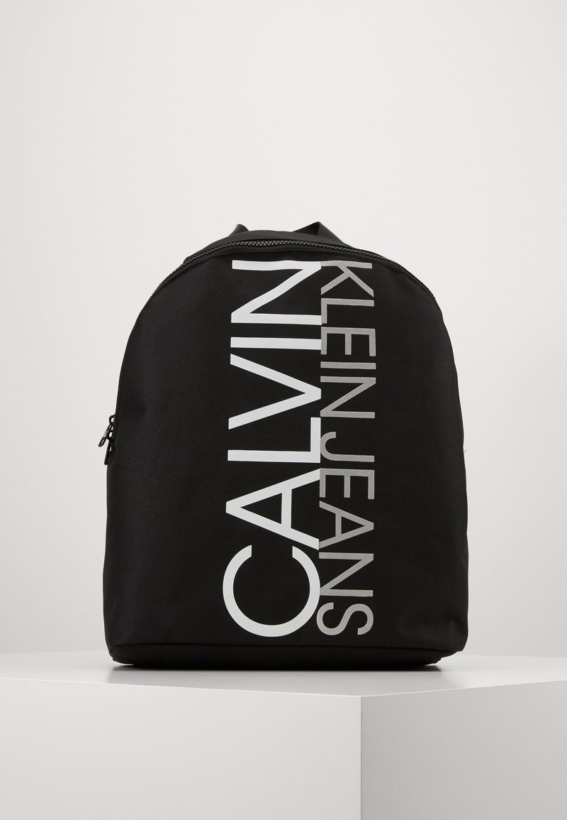 Calvin Klein Jeans - INSTITUTIONAL LOGO BACKPACK - Rygsække - black