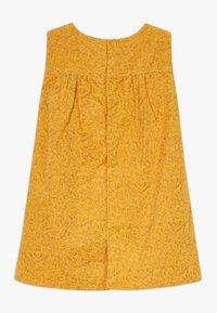 Name it - NBFNICOLE SPENCER - Denní šaty - golden orange - 1