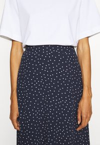 GAP - CIRCLE SKIRT - Jupe trapèze - navy - 4