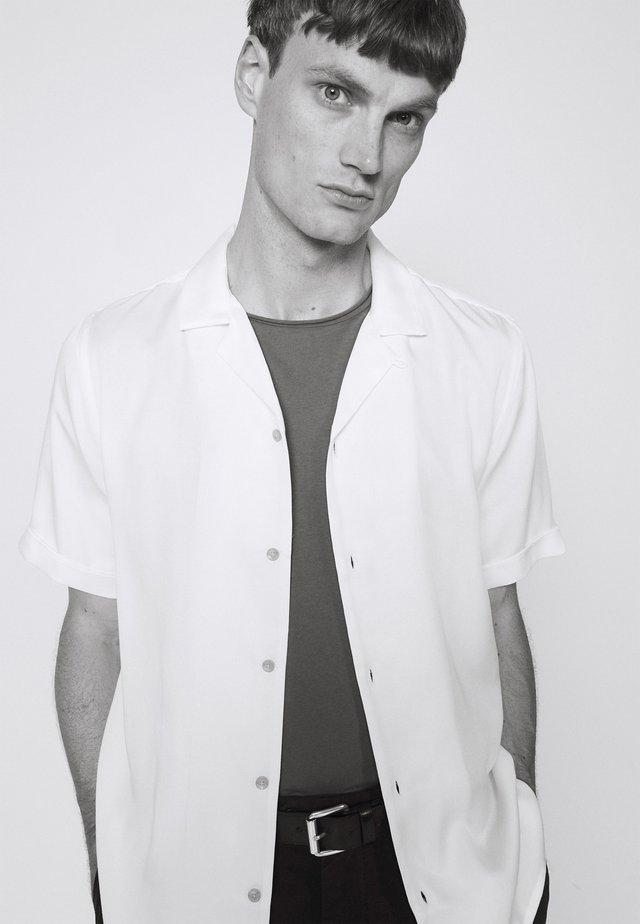 KIRBY STRAP - Overhemd - white