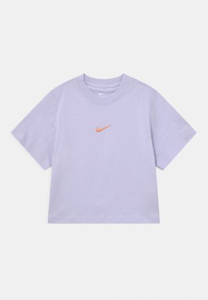 BOXY - Basic T-shirt - purple chalk
