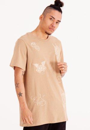 DRAG CLOUD - Basic T-shirt - off-white