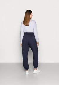Missguided Maternity - Tracksuit bottoms - navy - 2