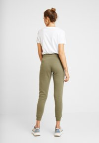 New Look - BASIC BASIC  - Tracksuit bottoms - dark khaki - 2