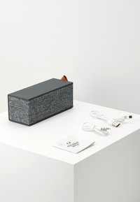 Fresh 'n Rebel - ROCKBOX BRICK FABRIQ EDITION BLUETOOTH SPEAKER - Speaker - concrete - 3