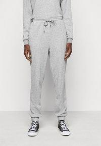 Vero Moda Tall - VMNATALIA SET  - Sweatshirt - light grey melange - 4