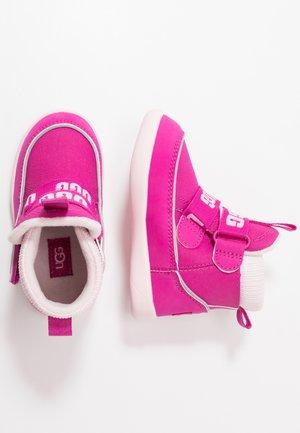 TABOR - Classic ankle boots - fuchsia