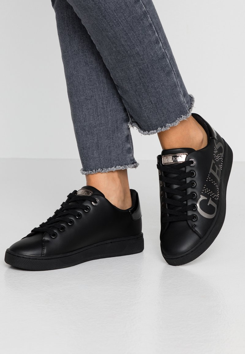 Guess - RIDERR - Sneakersy niskie - black