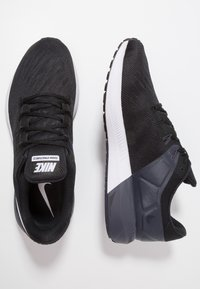 Nike Performance - AIR ZOOM STRUCTURE 22 - Løbesko stabilitet - black/white/gridiron - 1