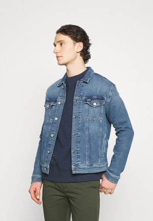 REGULAR TRUCKER JACKET  - Jeansjacke - blue denim